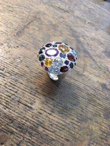 Silberring mit diversen Farb- Edelsteinen