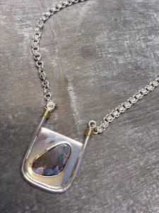 Collier in Silber mit 750/- Gelb-Gold und Boulder - Opal